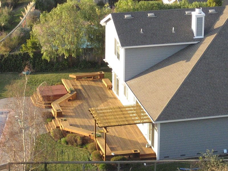 Sprucing Up Your Deck for Better Curb Appeal