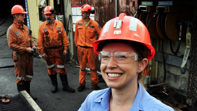 Why mining jobs in Australia are a good career choice for women
