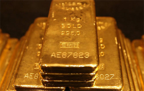 8 Reasons To Buy Silver and Gold Bullion