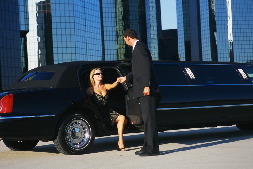 How Utilizing A Limousine Can Boost Your Business
