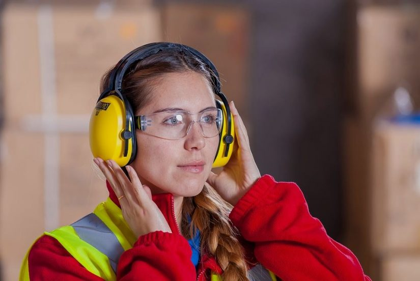4 Ways to Improve Shop Floor Safety Monitoring between Inspections