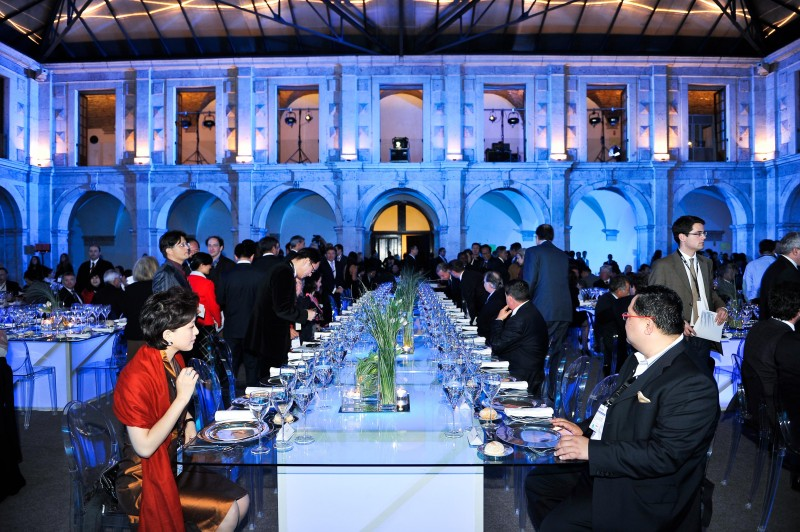 How To Conduct An Effective Board Room Meeting In China