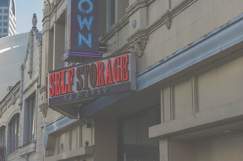 5 Reasons You Ought To Maintain Your Business's Signage