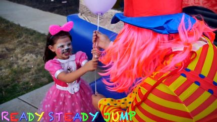 Keep Your Kids Entertained In A Party: Using Simple Balloon Games