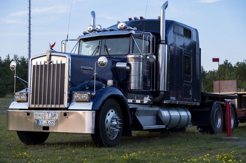 Freightliner Financing: 5 Tips For Financing A Used Truck